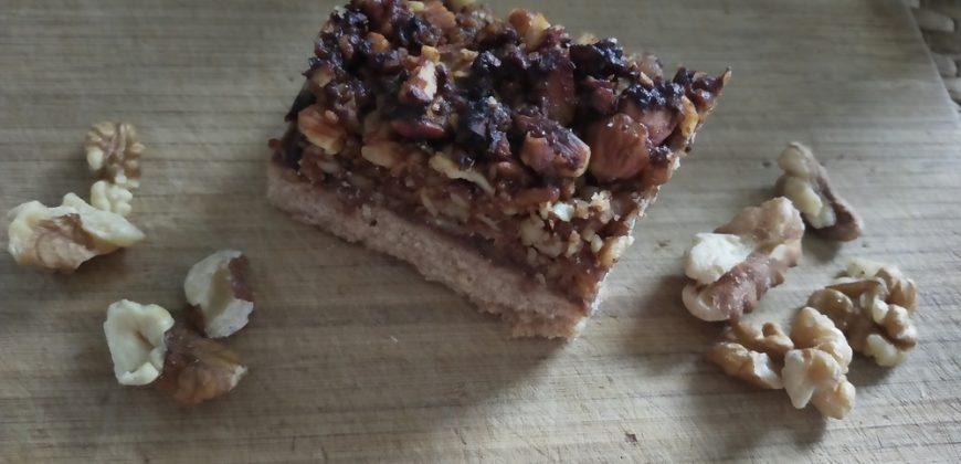 Przepis na wegańskie ciasto orzechowe